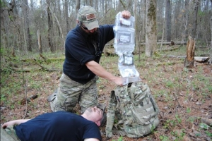 How to do a trauma assessment for preppers (Graphic pics)